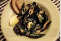 How To Make Mussels With Garlic And Wine
